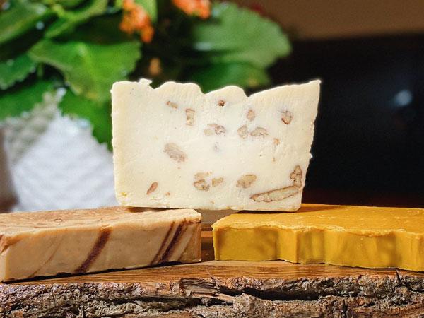 Maple Leaf Fudge Special